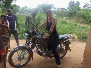 Anaëlle lors d'un stage au Togo qui s'est avéré être son plus beau voyage !